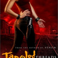 Two Blogs and a Book – Braine and I discuss TANGLED THREADS by Jennifer Estep